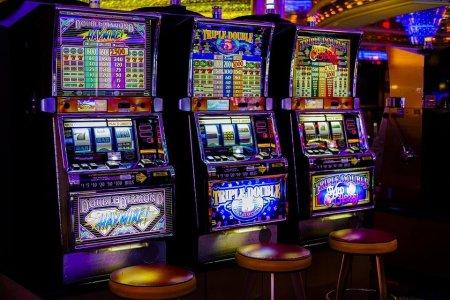 Особенности и преимущества казино Азино 777