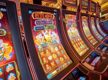 Как играть в игровые автоматы на деньги